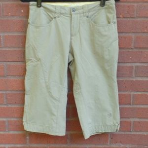 Mountain Hardware Khaki Capri Shorts Nylon 4